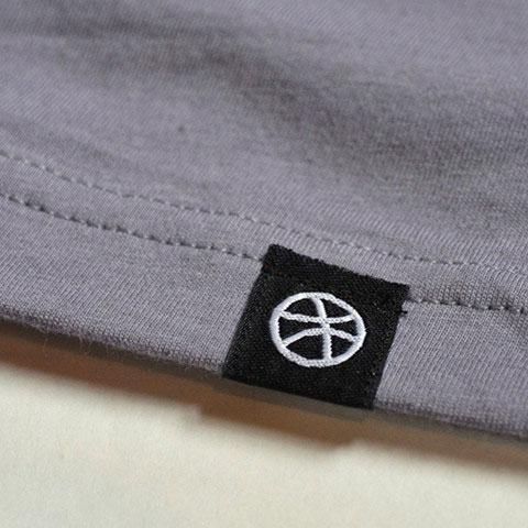 Etiquetas textiles bordadas