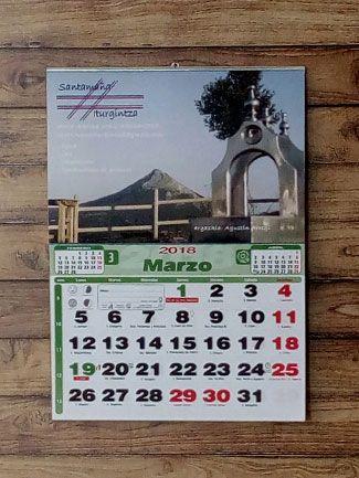 Calendarios con faldilla personalizados
