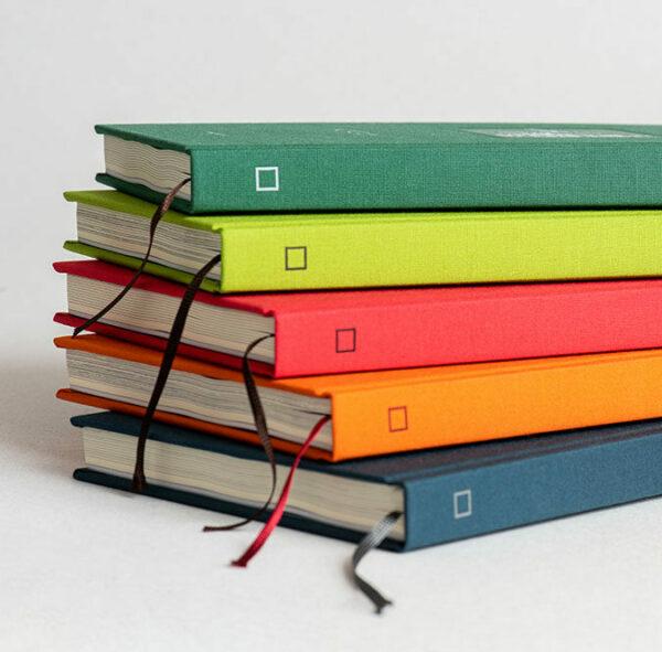 Imprimir libros cartoné