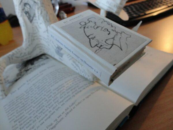 Libros en formato miniatura
