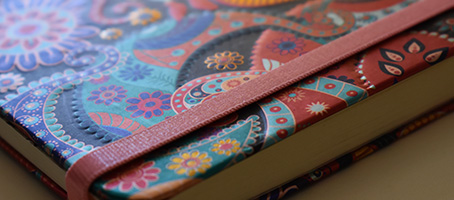 Publicación de libros con goma