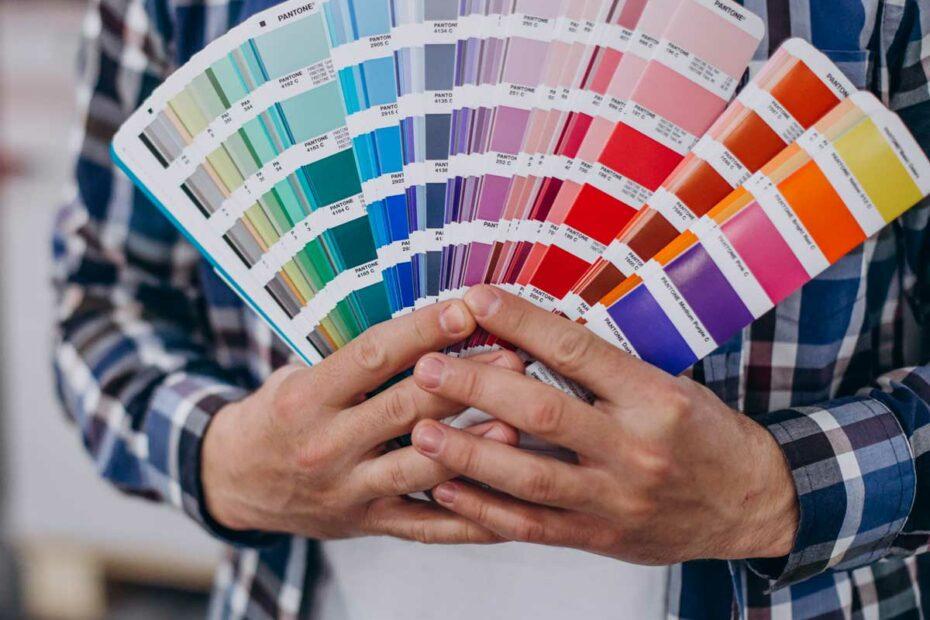 Impresión en colores pantone de la más alta calidad para profesionales y negocios.
