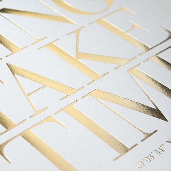 Tarjetas de visita impresas con hot stamping oro