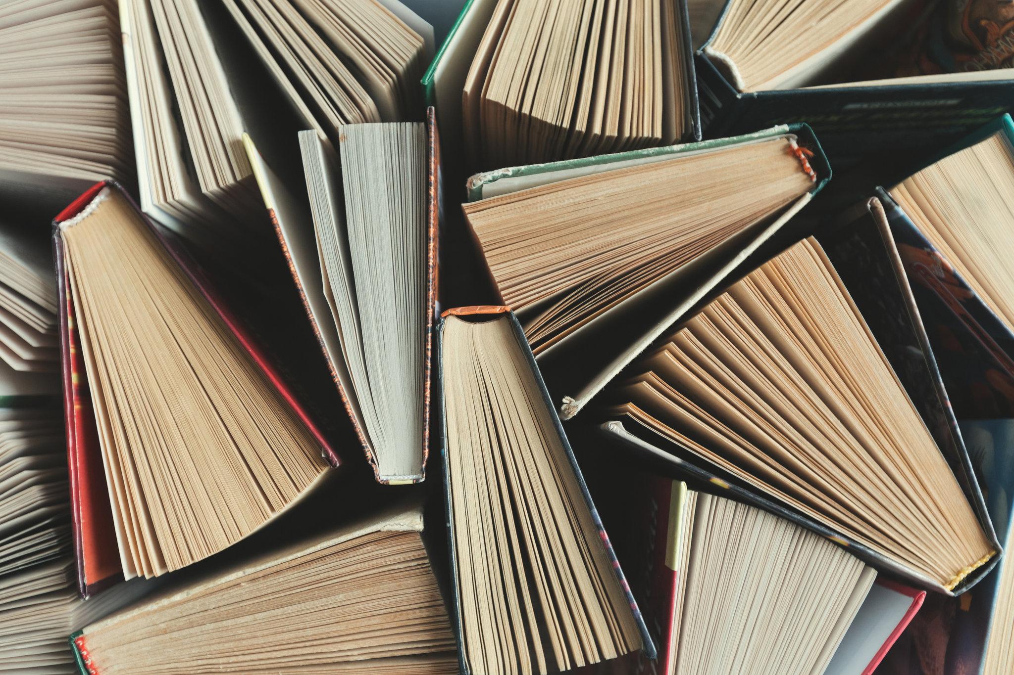 Imprenta de libros profesional para autores, negocios, empresas, editoriales y organismos.