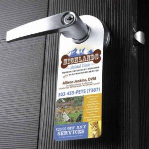 Impresión de productos de poming o colgadores de puerta para empresas y negocios.