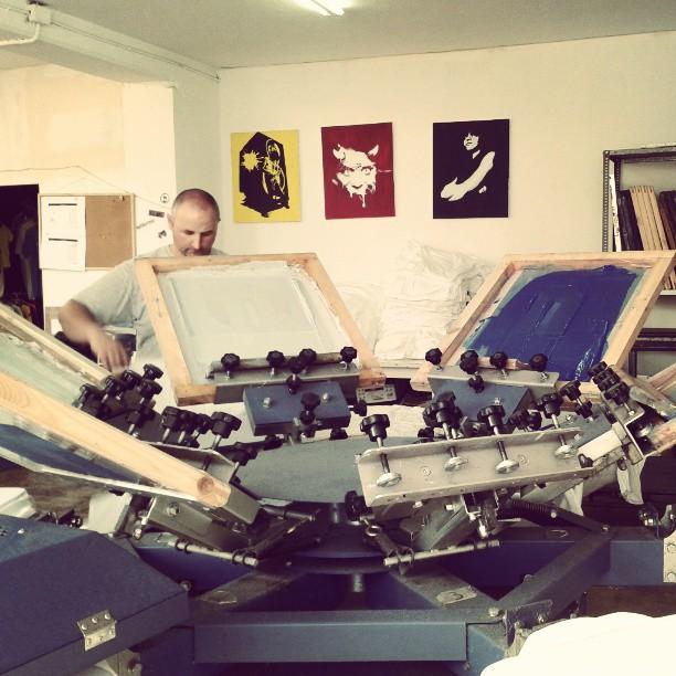 Impresión serigráfica para camisetas