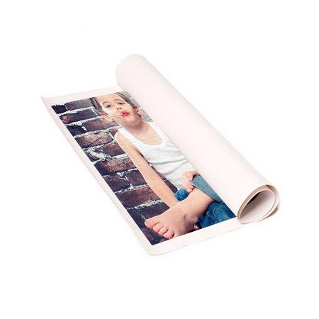 Imprima su foto en lienzo 100% algodón sin bastidor y podrá colgarlo del marco que prefiera. Diseño y envío gratis de todos sus productos con Colorprinter.
