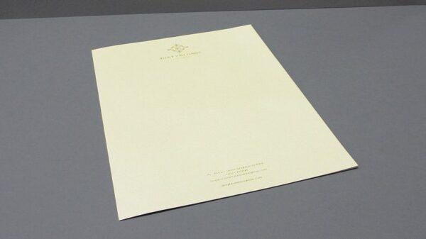 papel con membrete de la empresa
