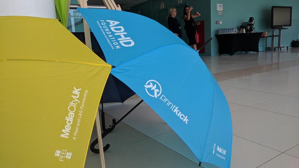 paraguas personalizados publicitarios con logotipo