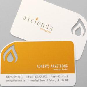 Impresión de tarjetas de visita con formas, fabricadas en materiales de la más alta calidad.