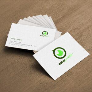 Tarjetas de visitas recicladas hechas en cartón reciclado.