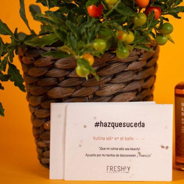 Semillas para tarjetas de visita de tomate. Ejemplo de tarjetas de vista eco