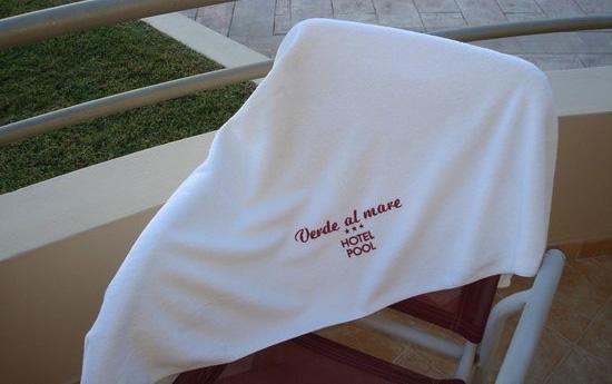 impresion toallas personalizadas piscina